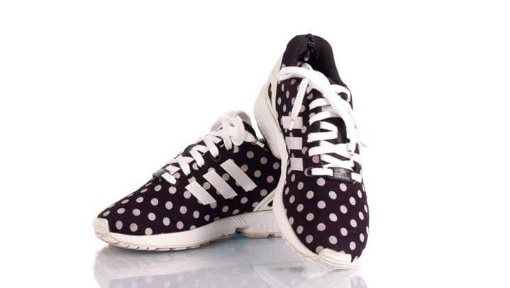 Dreimal Sneakers reinigen